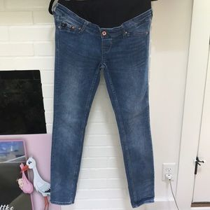 Shaping maternity jeans
